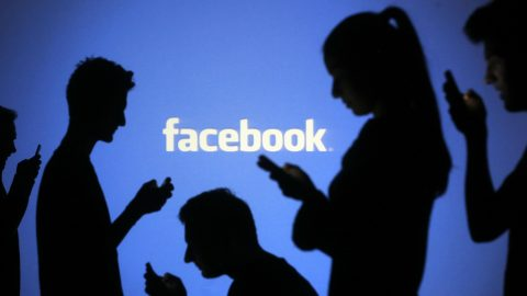 Hai effettuato l'iscrizione a Facebook 10 anni fa